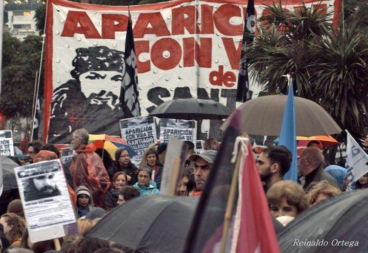 Los últimos días de Santiago: cuatro testimonios que desmienten la hipótesis del gobierno