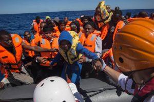 Ευρωπαϊκό Κοινοβούλιο: απορρίπτει ψήφισμα για ανοικτά -σε διάσωση- λιμάνια