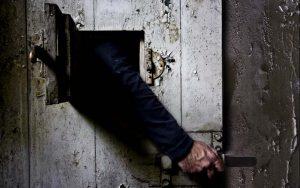 Ergastolo: la voce dei detenuti, delle famiglie e di chi vive il carcere