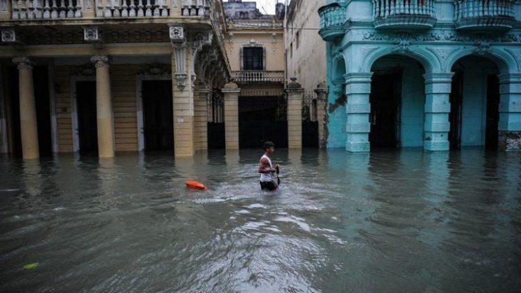 Habana-bajo-agua1-AFP-768×490