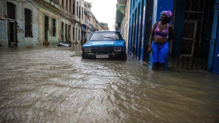 Habana-bajo-agua6-AFP-768×495