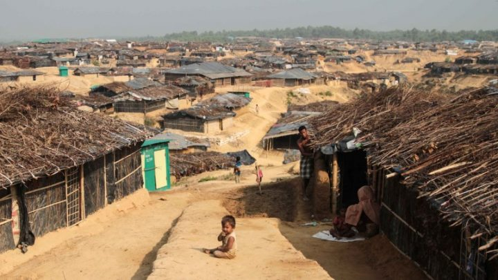 Myanmar (Birmania): 300.000 profughi Rohingya in soli 15 giorni!