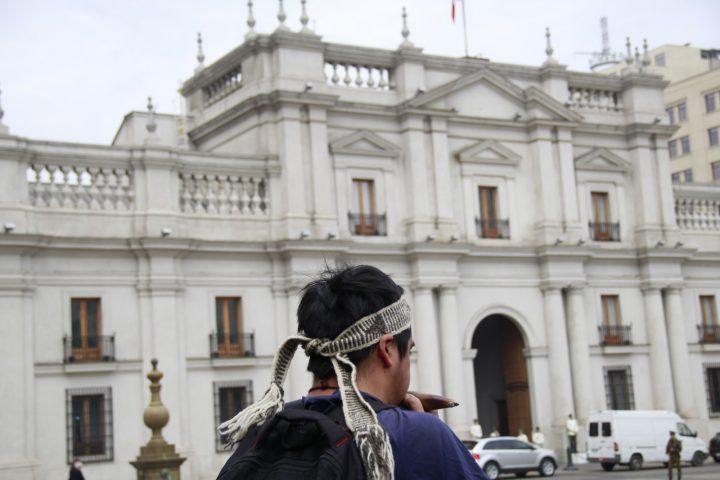 Chile: el país se moviliza y gobierno retira Ley Antiterrorista a comuneros mapuches