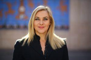 Pamela Jiles : « Les gens ordinaires ressentent leur force à nouveau »