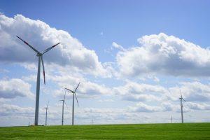 Obiettivo 100% rinnovabili: in Italia risparmio pro capite di 7.733 $ all'anno