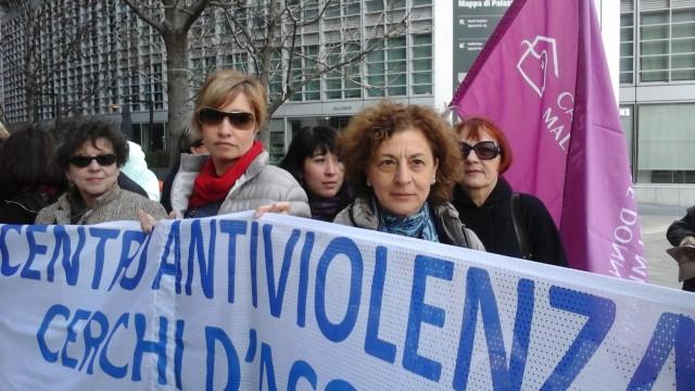 I Centri Antiviolenza denunciano le politiche della Regione Lombardia