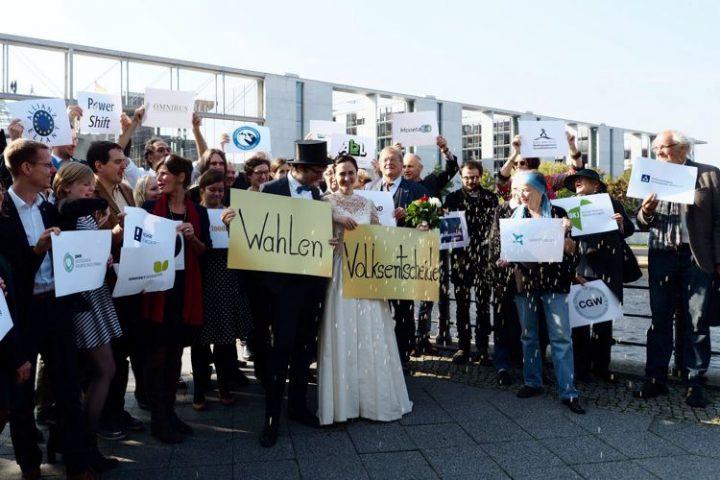 Breites zivilgesellschaftliches Bündnis fordert bundesweite Volksentscheide