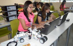 Hackatón de mujeres en Costa Rica