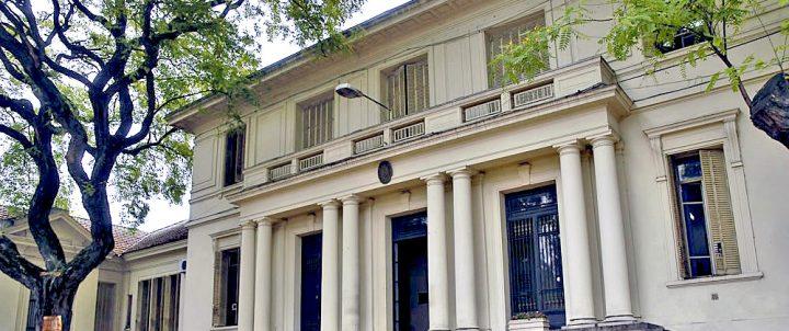 Empresas transgénicas en la universidad pública:UBA S.A.