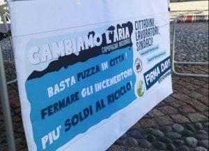 In tutta Italia firme contro inceneritori e discariche per l'economia circolare