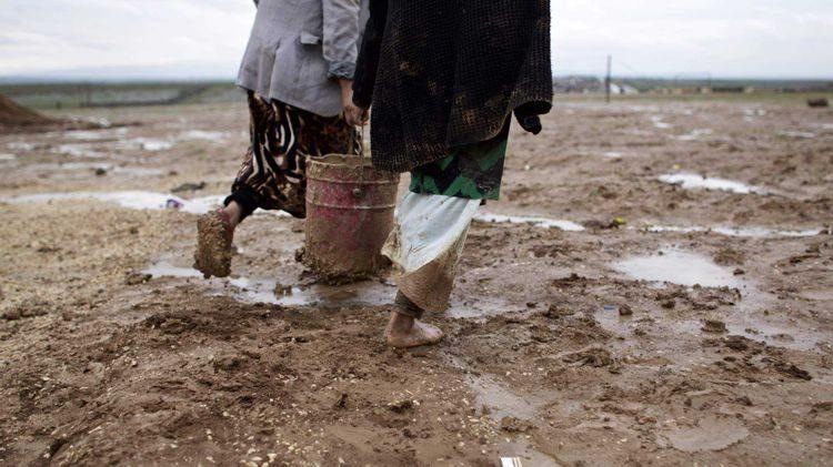 Menschenleben wird zu Müll. Ein Fall für Den Haag?