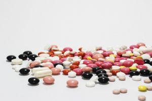 Farmaci e terapie, non solo poveri in difficoltà: anche chi non lo è fatica a curarsi