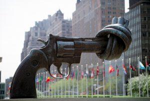 OPAL: cala l'export italiano di armi, ma non ai regimi del Medio Oriente