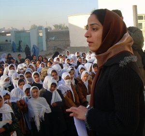 Quando la resistenza diventa un fatto di donne – intervista a Malalai Joya