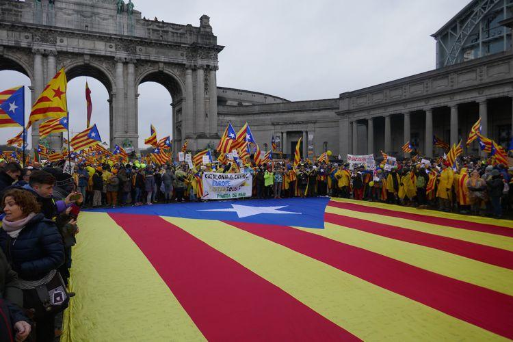 """Katalonien, der """"Elefant im Raum""""? - Pressenza"""