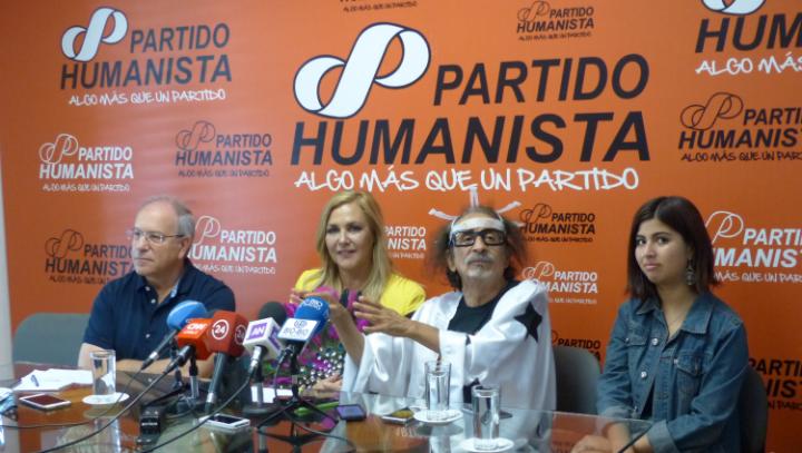 """Chile: Humanistische parlamentarische Gruppe mit """"beiden Füßen in den Straßen"""""""