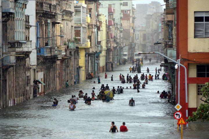 Temperaturas altas cercanas al récord aceleran eventos climáticos mortales y costosos en 2017 – ONU