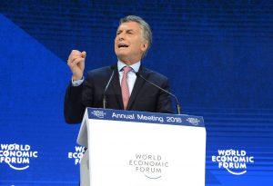 Macri hizo comentarios negacionistas en Davos