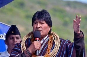 Bolivia: Evo Morales anuncia la implementación de un seguro universal de salud