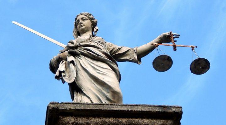 «Poder al pueblo»: ¿y si tuvieran razón sobre la justicia?