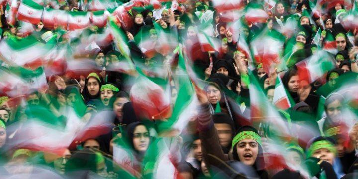 Η σύνθετη πραγματικότητα πίσω από τις διαδηλώσεις του Ιράν