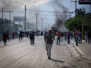 Gobierno ilegal de  Juan Orlando  se impone violando derechos humanos