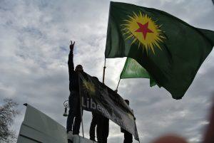 Roma, attivisti kurdi manifestano a Castel Sant'Angelo contro la visita di Erdogan