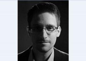 Questions/Réponses : Edward Snowden sur les droits, la vie privée, les secrets et les fuites – conversation avec Jimmy Wales