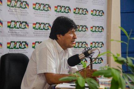 Morales pide cumbre de Unasur ante amenazas militares contra Venezuela