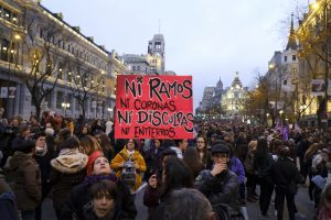 8M grève féministe : un million de personnes marchent à Madrid