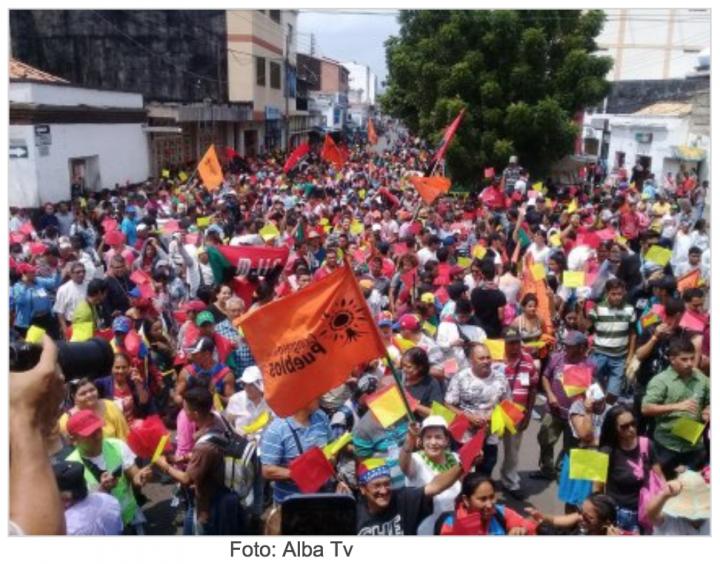 """Encuentro """"Uniendo Pueblos por la Paz"""": Toma fuerza un movimiento binacional por la integración y la paz"""