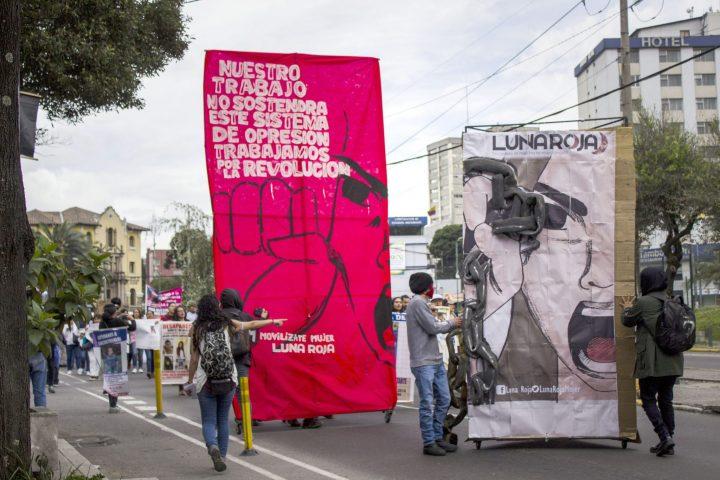Colectivo Luna Roja en pie de lucha en la jornada del 8 de Marzo