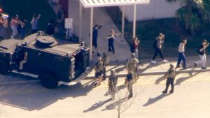 Washington Post: 187. 000 studenti esposti alla violenza da armi da fuoco dal massacro di Columbine