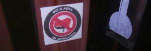 """Pavia: """"Qui ci abita un antifascista"""". Marchiati, come le case degli ebrei durante il nazismo"""