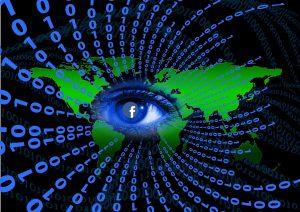 """Snowden über Facebook: """"Überwachungsfirma, die in Social-Media umbenannt wurde"""""""