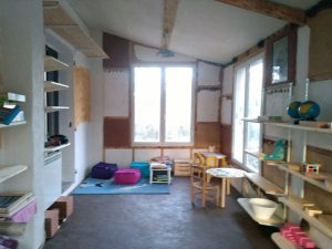 Francia – Dipartimento del Varo: « La Casa dei Bambini »