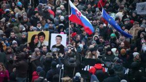 Slovacchia: cade il governo Fico, ma niente elezioni
