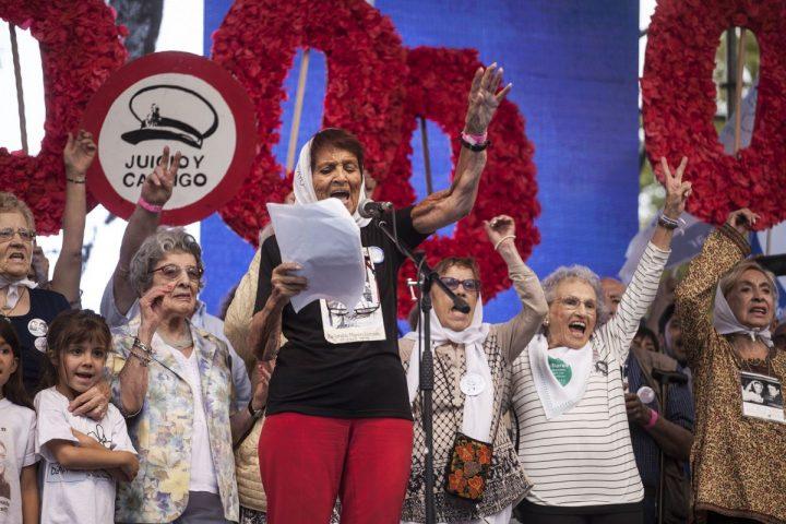 Masiva marcha por la Memoria, Verdad y Justicia en Argentina