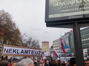 Τι έχει να μας διδάξει η Σλοβακία σχετικά με τη διαφθορά;
