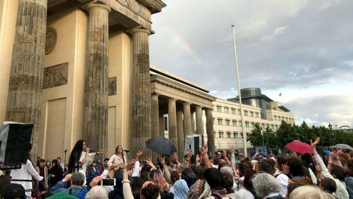 Du und 1 Million Menschen – Berlin 02. Juni 2018 – Prayers of the Mothers ~ Wo/Men's Peace March