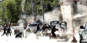 Strage a Kabul. 30 morti tra cui 9 reporter. Dal 2001 sono morti 54 giornalisti