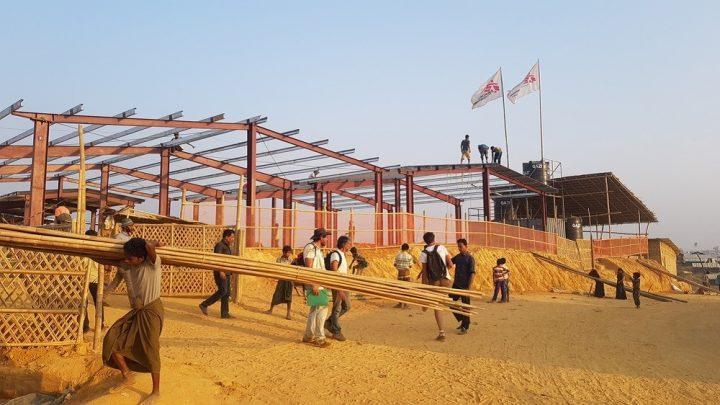 MSF apre una nuova struttura in un campo per profughi Rohingya in Bangladesh