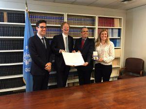 Austria entrega los documentos de ratificación del Tratado sobre la Prohibición de las Armas Nucleares