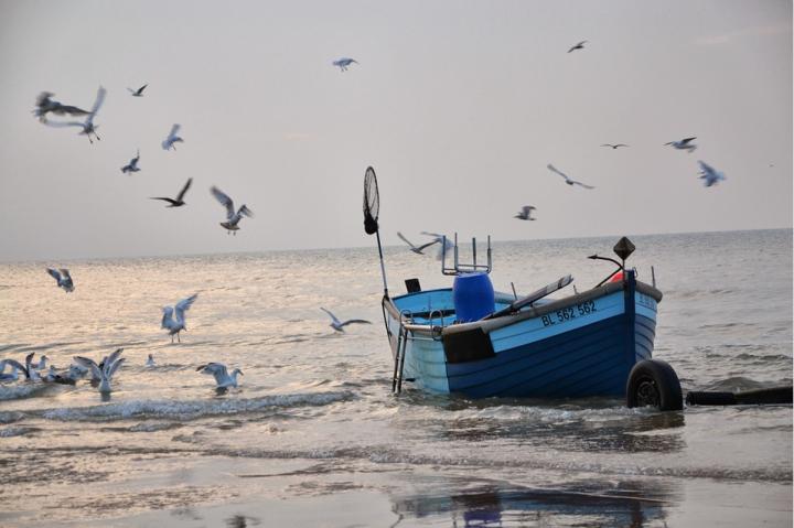 I pescatori guardiani del mare contro la plastica