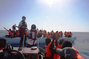 Criminalización de la solidaridad, Hungría a la vanguardia