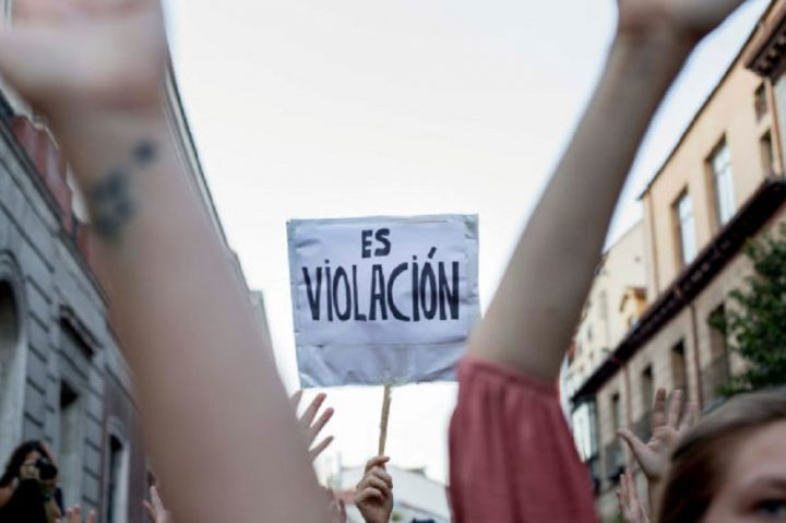 """El fallo de """"la manada"""" analizado por la abogada de Women's Link Worldwide, Estefanny Molina"""