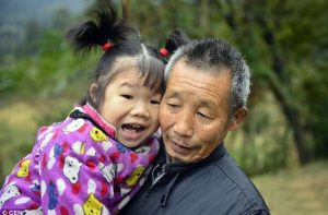 """""""Tutti i figli che volete"""": la Cina in angoscia per l'invecchiamento della popolazione"""