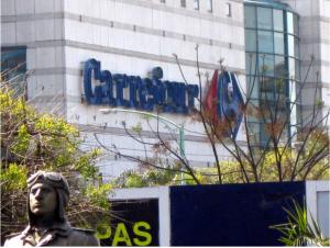 Carrefour prepara o fechamento de 243 supermercados na França