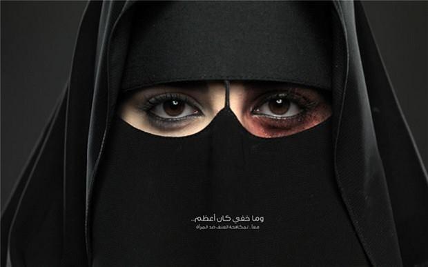 Arabia Saudí, distribución de los primeros permisos de conducir a las mujeres