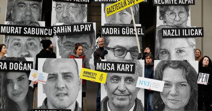 Turquía, liberó a Mehmet Altan. Amnistía Internacional: «¡Ahora todos los demás!